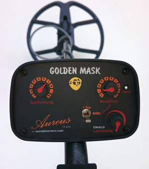 Golden Mask Aureus